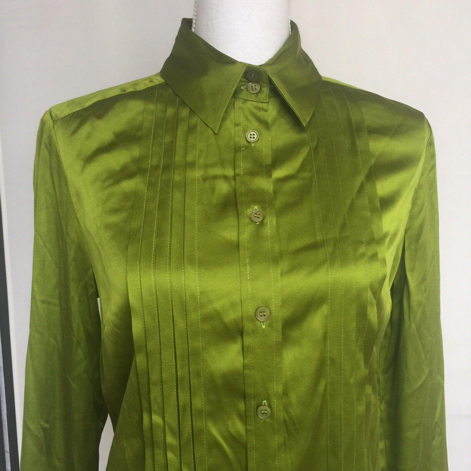 Sutton Studio Womens Size 10 Long Tuxedo Shirt 94% Silk Shiny Green C6 New