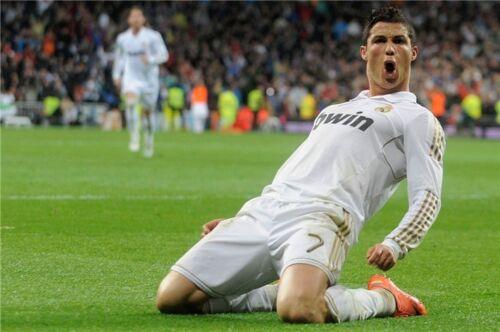 Cristiano Ronaldo CR7 Football Star Art Wall Poster 36x24 inch CR17