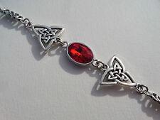 Bracciale DARK SILVER PLATED Tri Celtic Knots & Cristallo Sfaccettato in Vetro Rosso Ovale