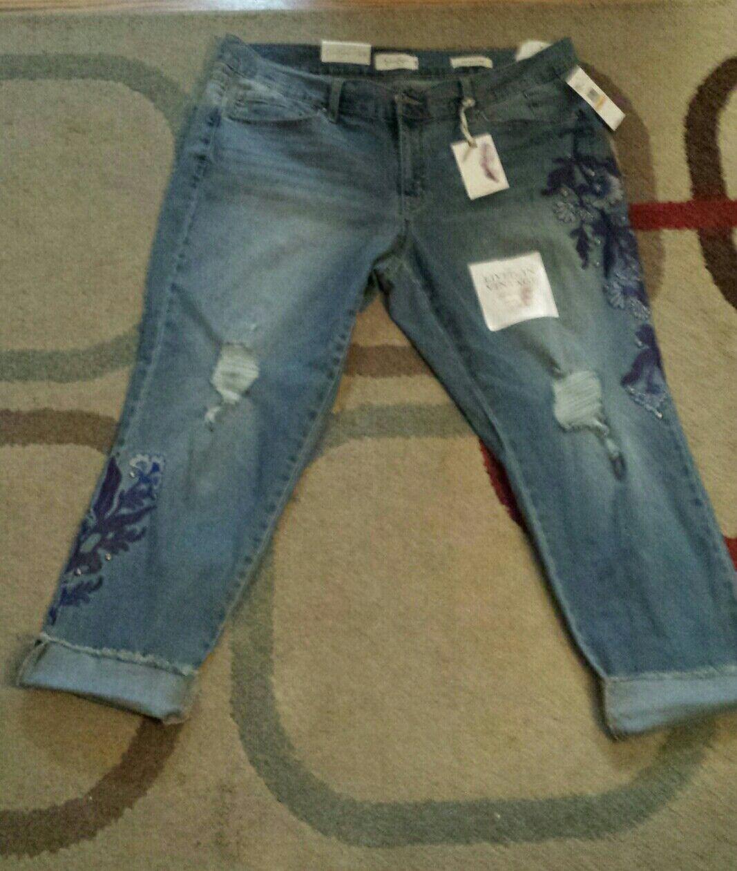 Jessica Simpson Plus Embroidered Crop Jeans. Sz. 16W.Retail