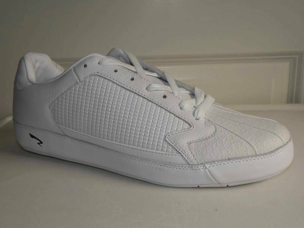 13 ICon Run Athletics Sneakers Skate Style shoe Walking NEW