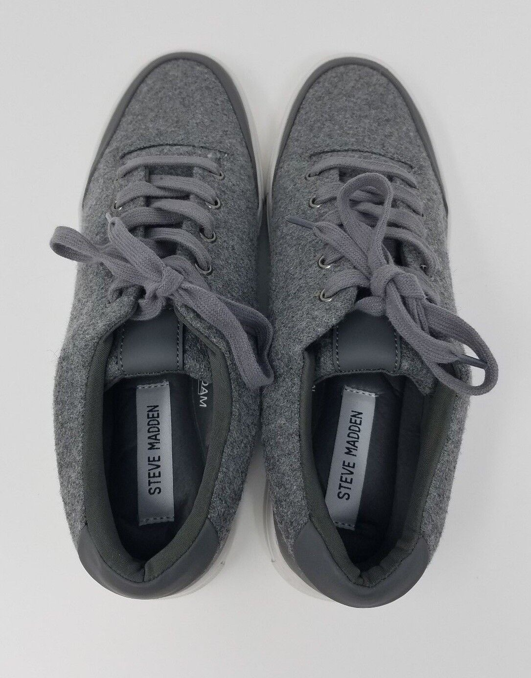 cb8e76d5dd6 Steve Madden P-yasser Men s Fuzzy Gray Lo Tops Lace Shoes SNEAKERS Size 8  1135 for sale online