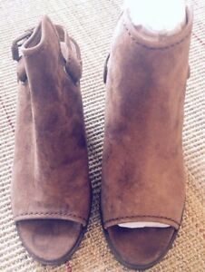 b4de2e366aa FRYE Size 8 Women s Dani Shield Sling Platform Bootie in Wood Brown ...