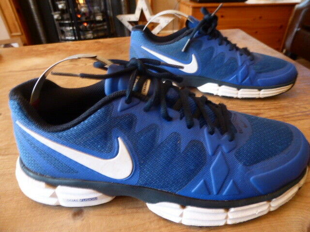 Mens NIKE training - size uk 7 ( 2015 ) fair good condition