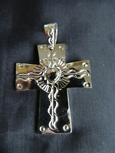 Mexican engraved alpaca silver cross with sacred heart pendant ebay image is loading mexican engraved alpaca silver cross with sacred heart aloadofball Images