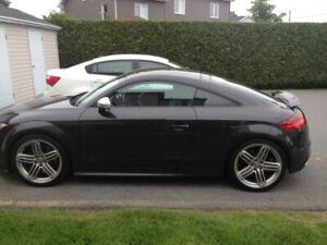Audi TTS Quattro 2011