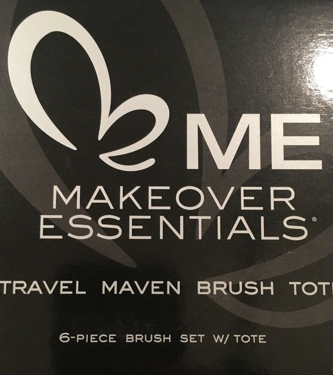 ME Makeover Essentials travel maven brush tote - NEW - 6 pc brush set with  tote