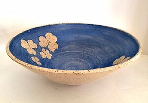 Art-Pottery-Bowl-Three-Leaf-Clovers-Signed-Blue-Beige-4-inch-Tall-10-5-Diameter