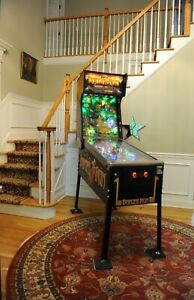 Beautifully restored! Banzai Run 1988 Williams pinball machine! New playfield!