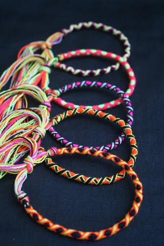 Lot de 5 Bracelets Brésiliens 16 cm Multi-couleurs