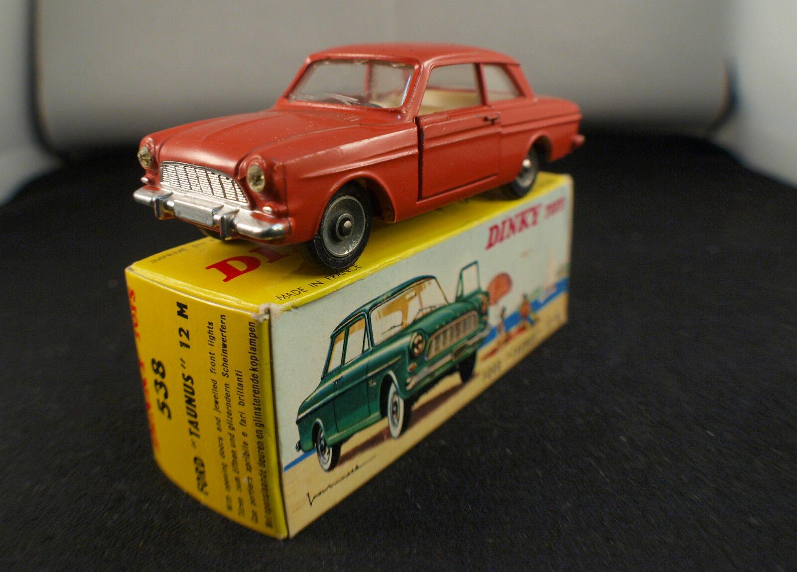 Dinky Spielzeug F  538 Ford Taunus 12m in Nmib