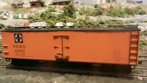 Accurail-HO-Santa-Fe-Old-Style-Wood-DS-40-039-Reefer-Upgraded-Exc
