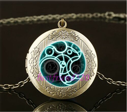 Vintage Doctor Who Time Lord Cabochon Glass Brass Locket Pendant Necklace