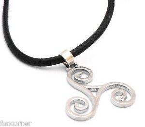 Teen-Wolf-pendentif-Triskel-Collier-triskel-teen-wolf-triskele-pendant