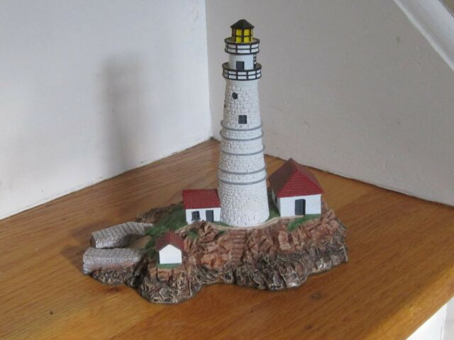 "The Danbury Mint Sculpcured Lighthouse 'Boston Light' 1992 6"" Tall Excellent"