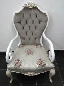 Deux fauteuils de style Louis XV