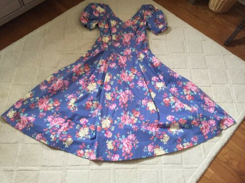 Laura Ashley Periwinkle&Pink Floral 100% Cotton,P… - image 1
