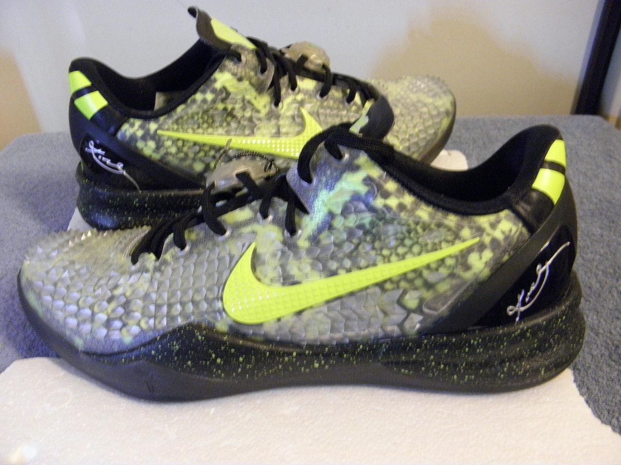 Nike derramar Air Zoom Kobe 8 VIII Bryant ID personalizados derramar Nike Piel De Serpiente 11.5 VNDS Nikeid 4f6949