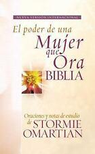 Biblia El poder de una mujer que ora NVI: Oraciones y ayudas de estudio de Storm