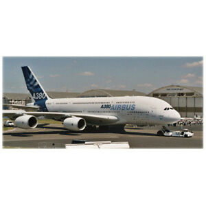 Revell 1:144 Airbus A380 New Livery premier vol