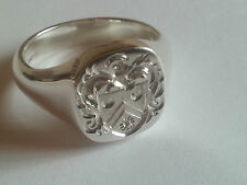 18ct white gold hallmarked cushion signet ring, family seal coat of arms/crest,