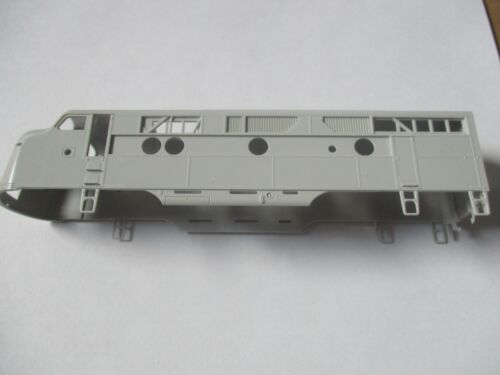 Highliners Stock #1003 F3A Unit with Athearn Screens and all Parts HO Scale