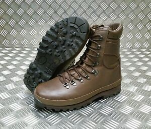 Genuine British Army Alt-Berg Combat Leather Combat / Assault ...