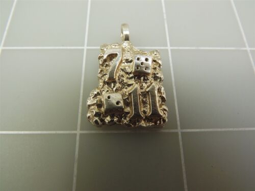 Sterling Silver nugget Style 7//11 Casino Dés Pendentif 9.2 G