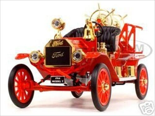 1914 FORD MODEL T FIRE ENGINE 1 18 DIECAST MODEL CAR BY ROAD SIGNATURE 20038