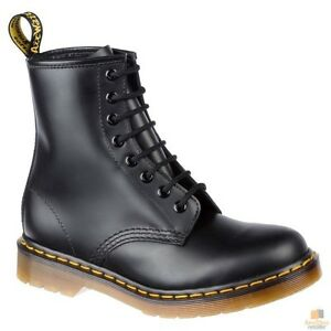 DR. MARTENS Unisex 1460Z DMC 8 Lace Up Smooth Leather Boots