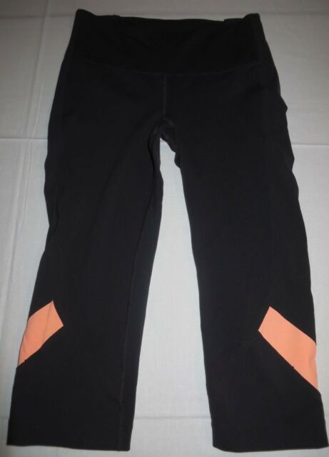 big collection big selection popular style Womens Under Armour Fitted Cropped Capri Pants SweatPants SM Small Black  Yoga