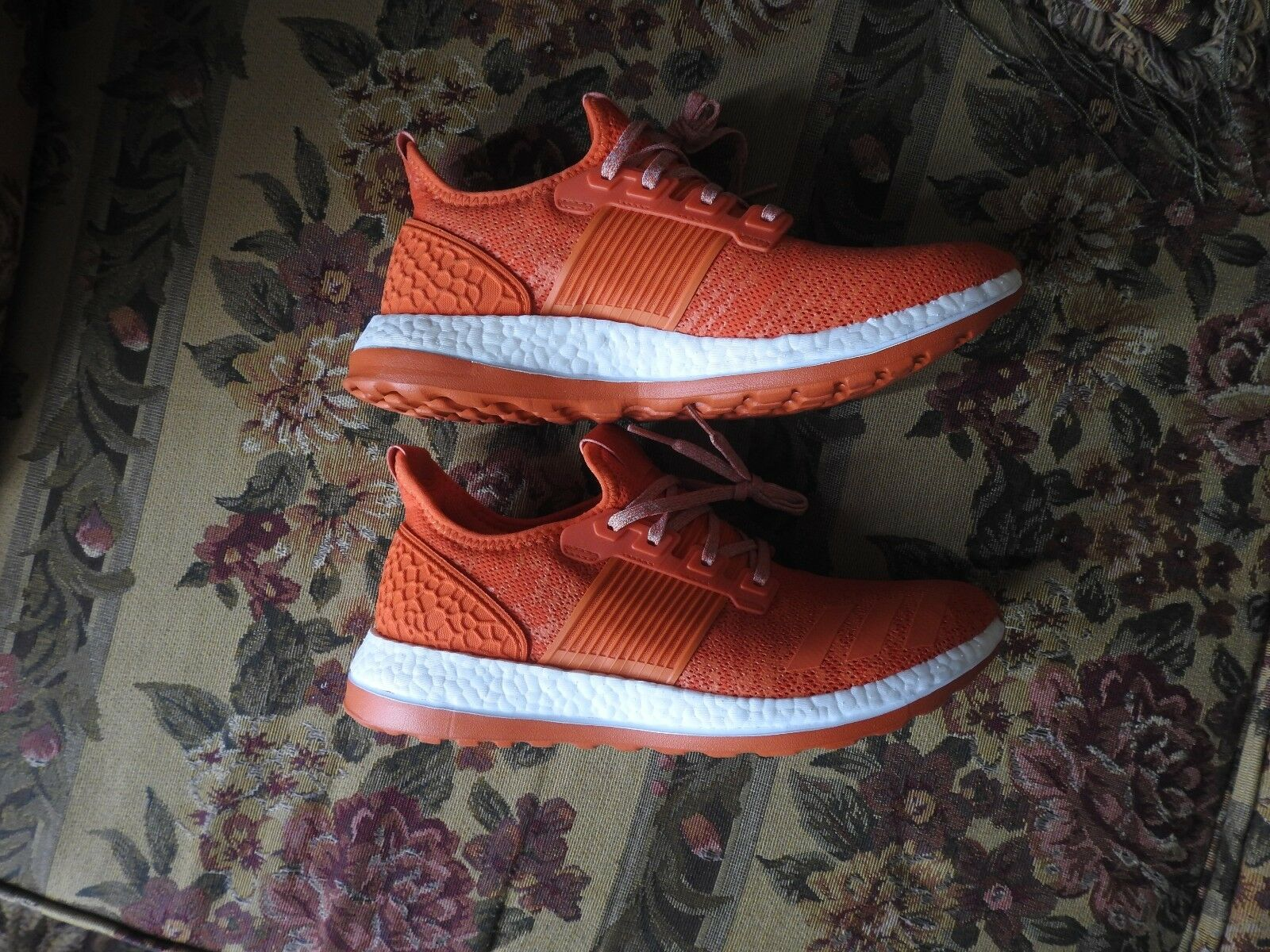 NEW Adidas Pureboost size 10  ZG Running shoes pure boost Performance