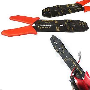 electricians wire cutter stripper