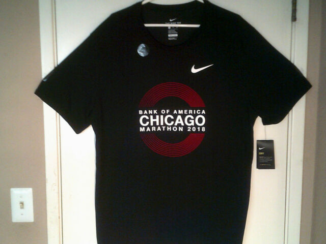 Men Chicago Marathon 2018 T-shirt  black size large