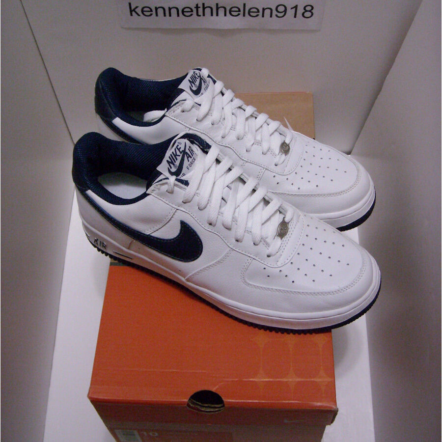 NEW 2002 NIKE AIR FORCE 1 (B) WHITE MIDNIGHT NAVY MENS SIZE 10