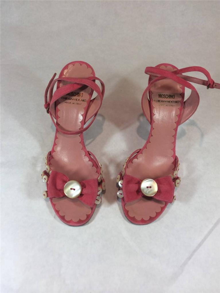 Moschino Cheap & Chic Pink Suede Strappy Sandales w/ Bow Größe 5.5