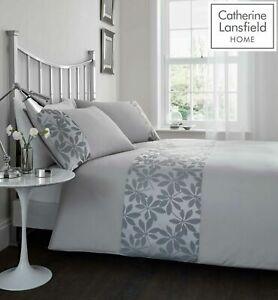 Catherine-Lansfield-034-Ivory-034-Floral-Jacquard-Quilt-Duvet-Cover-Bedding-Set-Grey