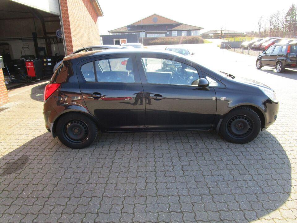 Opel Corsa 1,3 CDTi 75 Cosmo Diesel modelår 2010 km 345000