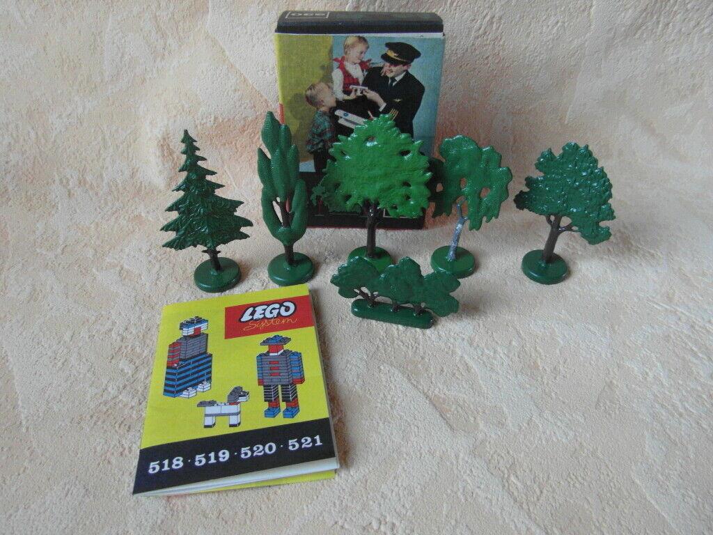 LEGO 230 vieux arbres box neuf dans  sa boîte comme NEUF  promotions d'équipe