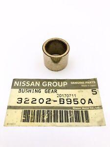 Nissan-Patrol-Genuine-Spigot-Bush-Bearing-TD42-TB42-TB45-TB48-ZD30-RD28-RB30