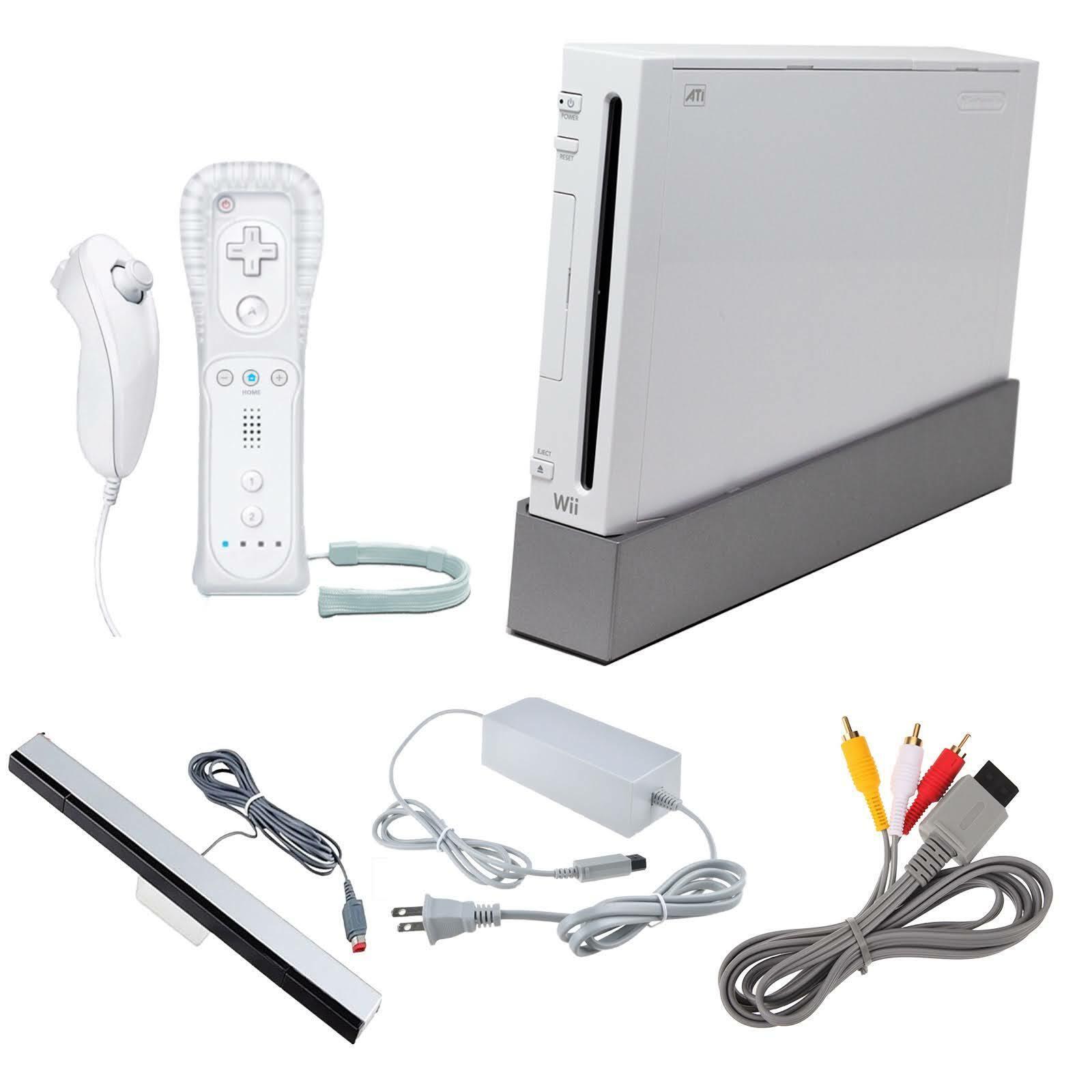 Nintendo Wii White Video Game Console (RVL-001) Bundle - GameCube Compatible