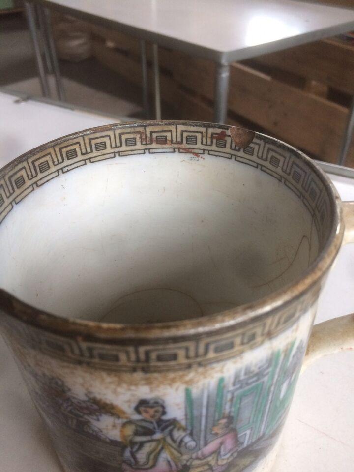 Antikt Kinesisk Krus, Porcelæn, 200 år gl.