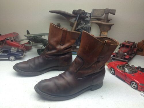 DISTRESSED L.L. BEAN DISTRESSED BROWN LEATHER ENGI