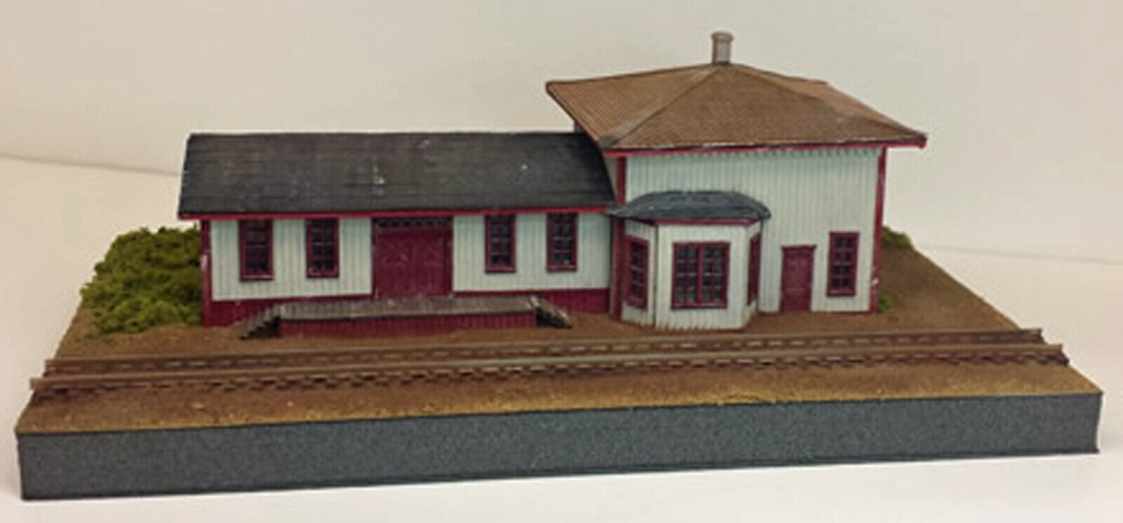Mahoney estación N modelo del ferrocarril Depot estructura unptd láser de madera kit RSM2210N