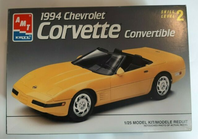 Amt - Ertl 1994 Corvette Convertible   8073 Model -100  Complete