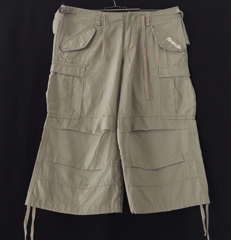 Bench Shorts/Bermudas/Chino Gr: 28