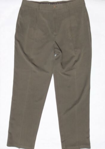 Tommy Bahama men's 38 green pleated 100% silk dres