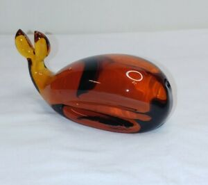 Vintage-Amber-Glass-Whale-Paperweight-Figurine-MarineLife-Pilgrim-Viking