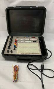 R-S-R-Electronics-Inc-PAD-234A-Analog-Digital-Trainer-In-Case