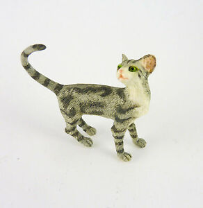 Dollhouse Miniature Cat Looking Back, A4156GY